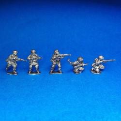 Panzergrenadier Waffen SS in combat