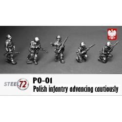 Infantería polaca avanzando con cautela