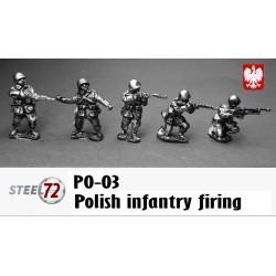 infantería polaca disparando