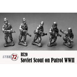 Exploradores soviéticos en patrulla